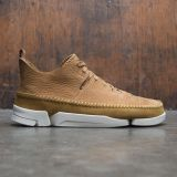 Clarks Men Trigenic Flex (brown / oak nubuck)