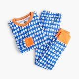 Kids' pajama set in jack-o'-lanterns