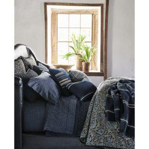 Rainey Comforter